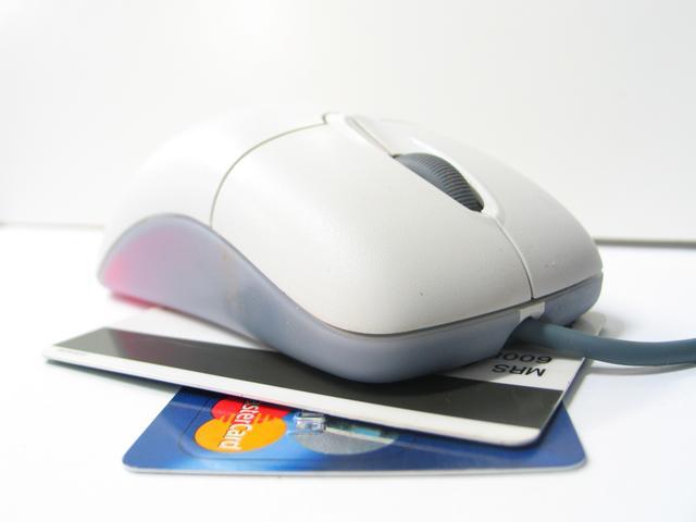 Ventas de comercio electrónico aumentarán un 20% este año